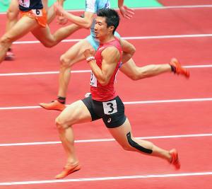 男子60m(予選)予選3組を1位で通過した桐生祥秀
