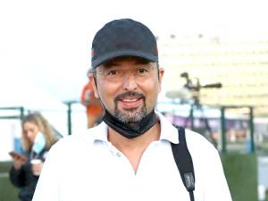 ドバイ国際競走に3頭を送り込むナス調教師