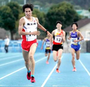 1万メートル標準記録突破会第2組でトップだった塩尻和也