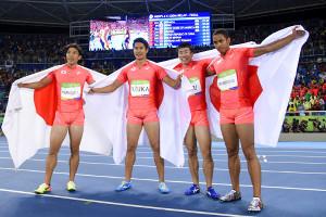 2016年リオ五輪の陸上男子400メートルリレーで銀メダルを獲得した(左から)山県亮太、飯塚翔太、桐生祥秀、ケンブリッジ飛鳥