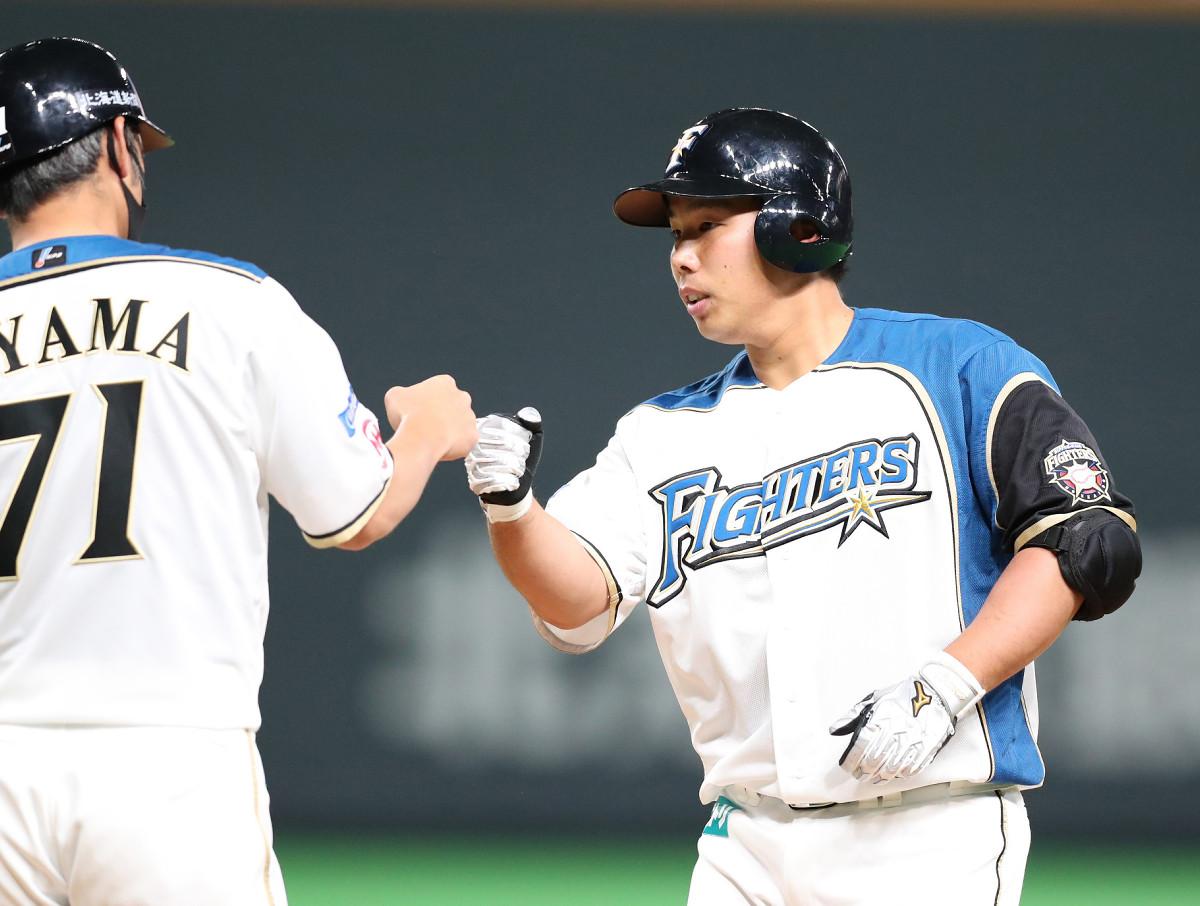 2回1死三塁、右前に適時打を放った樋口龍之介