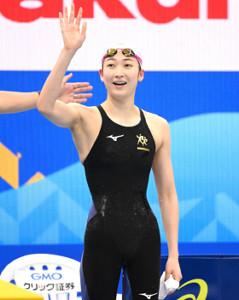 女子50m自由形決勝で優勝した池江璃花子(カメラ・竜田 卓)
