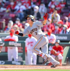 5回2死二塁、左越え2ラン本塁打を放つ増田大輝