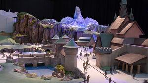 映画「アナと雪の女王」をテーマにしたエリアの模型(C)Disney ※画像はイメージ