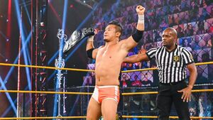 NXTクルーザー級王座を奪取したKUSHIDA(C)2021 WWE, Inc. All Rights Reserved.