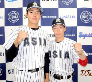 サヨナラスクイズを決めた後藤(右)と2失点完投勝ちの松本健