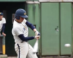 3安打4打点と活躍した中大・友田