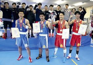選抜に続き高校総体でも旋風を目指す前列左から札幌工の荻野、川村、薦田、本間