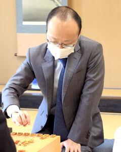 渡辺明名人(日本将棋連盟提供)