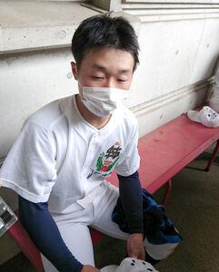 決勝アーチを放った佐野日大・大関