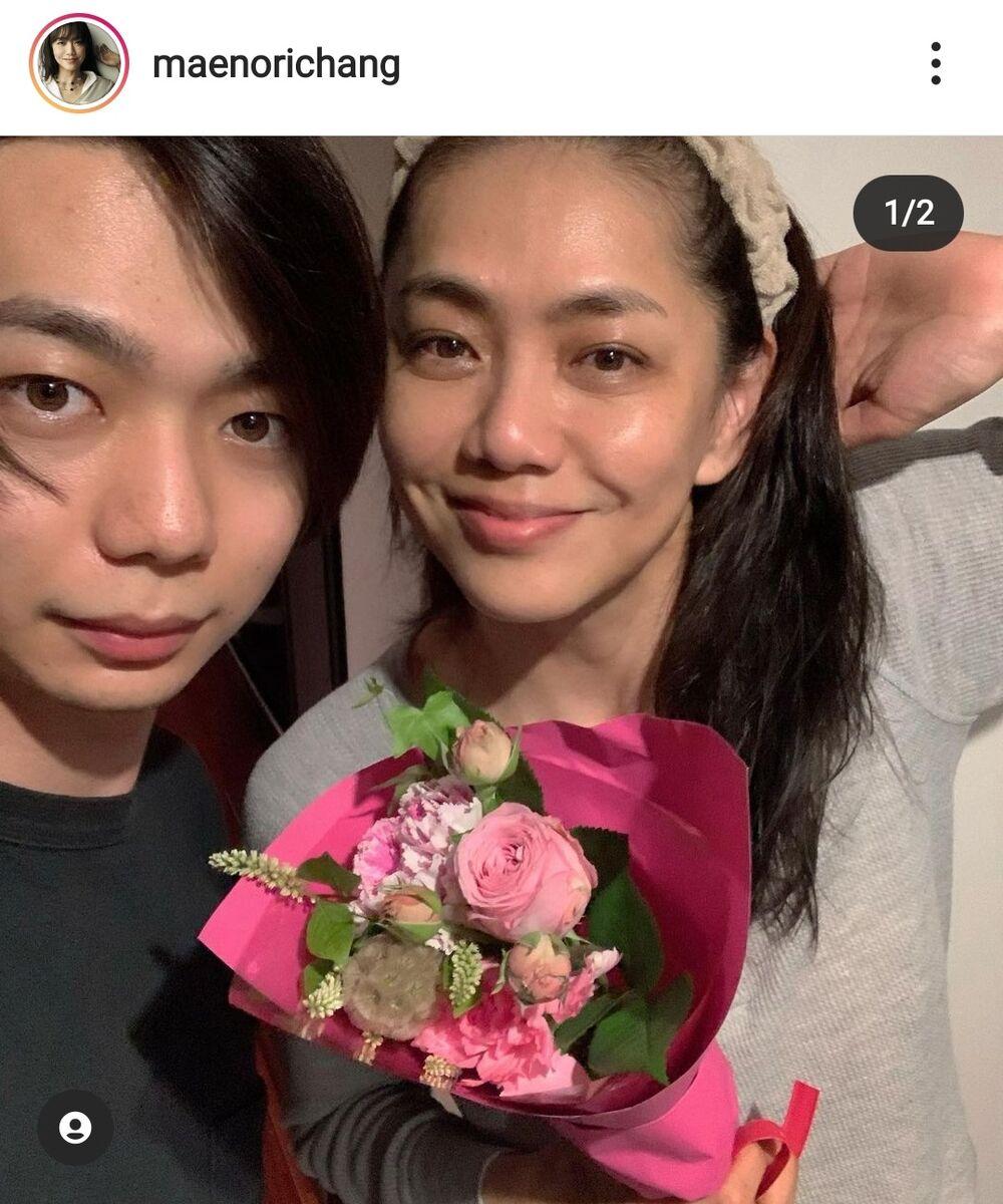 前田典子、21歳モデル長男と親子ショットですっぴん披露「美男美女 ...
