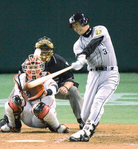 04年4月4日、通算1000試合出場を達成、2号ソロを放った矢野