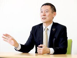 51歳で初めての異動の時を迎えた川端健嗣さんは「アナウンサーを辞めるつもりでBSフジに行きました」と振り返った(カメラ・頓所 美代子)