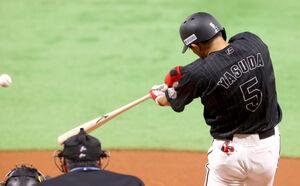 1回2死二塁、先制適時打を放つ安田尚憲