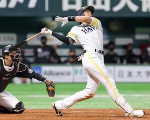 3回2死二塁、2ラン本塁打を放った柳田悠岐