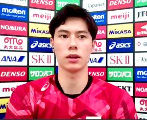 オンラインで取材に応じたバレーボール男子日本代表の高橋藍