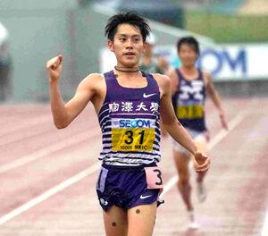 2部1万メートルで日本人トップの3位に入った駒大・唐沢