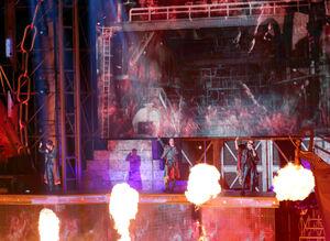 15周年記念ツアーで熱唱するKAT―TUN
