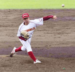 チームを優勝に導き、最優秀投手に選ばれた桜美林大・多間