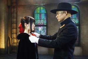 平野紫耀と橋本環奈が出演する映画「かぐや様は告らせたい」の一場面