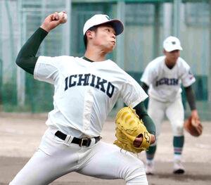 市和歌山の小園健太投手(3年)は8球団12人のスカウトの前で7回1安打無失点