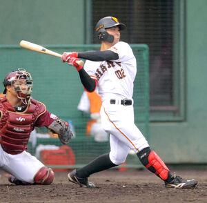 支配下登録へ猛アピールを続ける平間。5月13日の日本ハム戦では公式戦初本塁打を放った