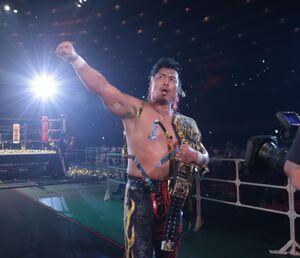 7日の大阪城ホール大会でオカダ・カズチカを下しIWGP世界ヘビー級王座初戴冠を果たした鷹木信悟(新日本プロレス提供)