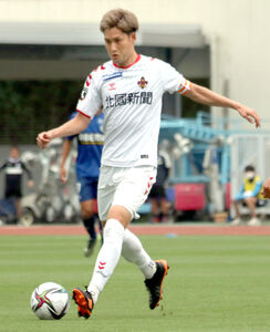 J2金沢のMF藤村は愛媛戦で2点目を決めた(写真は4月4日の町田戦)