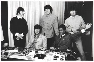 ビートルズの4人と食事を共にした加山雄三