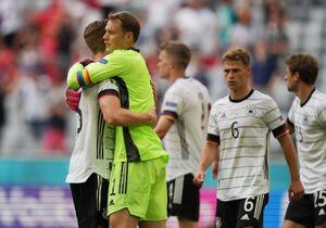 勝利の歓喜に沸くドイツ代表(ロイター)