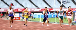 男子100メートル準決勝1組、力走する(左から)サニブラウン、竹田、山県、柳田(カメラ・竜田 卓)