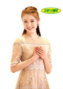 「自分自身に仮面をつけず、真風さんにぶつかっていきたい」と笑顔で話す宙組トップ娘役・潤花