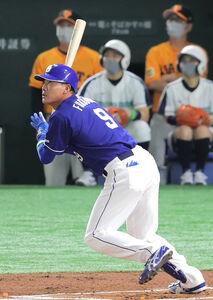 2回、右中間へソロ本塁打を放った福留孝介