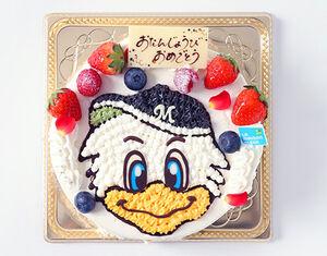 リニューアルされた「マリーンズバースデーケーキ」