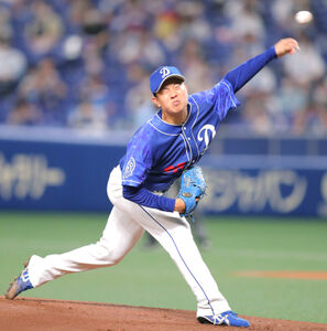 今季初勝利を挙げた中日・松葉