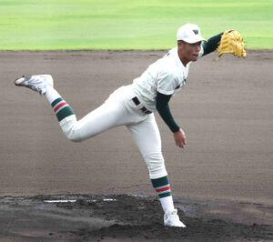 先発した市和歌山の小園健太投手(3年)は初回に150キロを記録