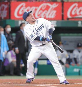 ホームランダービー初戦で佐藤輝明に勝利した山川穂高