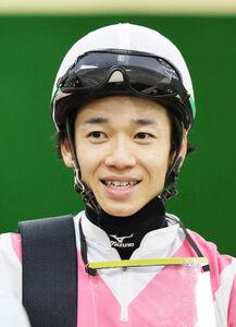 マーキュリーCでマスターフェンサーを勝利に導いた松山騎手