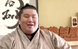 リモートで新十両昇進会見した村田改め朝志雄