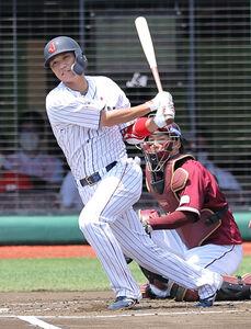 1回無死1塁、坂本勇人が左前安打を放つ