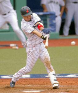 9回1死一、二塁、山田哲人が中前安打