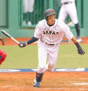 9回1死、柳田悠岐が一塁内野安打