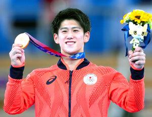 五輪史上最年少で体操男子個人総合制した橋本大輝(カメラ・矢口 亨)