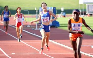 女子1500メートルで日本人最高の2位に入った仙台育英・米沢