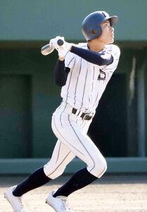 延長12回2死一、二塁、広島新庄・藤川が右越えにサヨナラ打を放つ