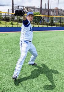 キャッチボールをするDeNA・石田健大投手(球団提供)