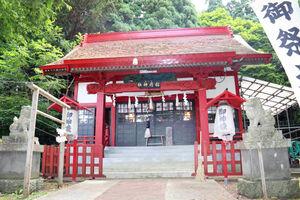 丹内の地元・函館にある上湯川稲荷神社