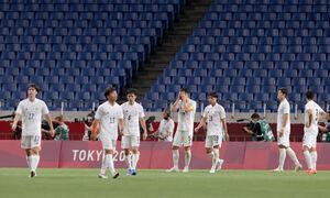 後半13分、メキシコに3点目を決められたがっくりの日本代表(カメラ・竜田 卓)