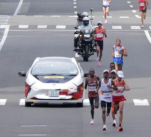 東京五輪マラソンで使用された先導車(カメラ・山崎 賢人)