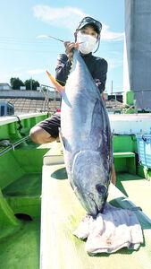 エビングで釣れた18キロのキハダ